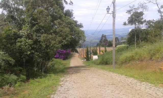 Terreno-Codigo-9445-a-Venda-no-bairro-Estrada-Real-na-cidade-de-Juiz-de-Fora