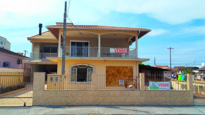Casa Codigo 3612a Venda no bairro Centro na cidade de Palhoça