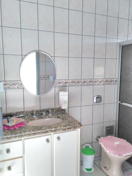 10. Banheiro Social 02