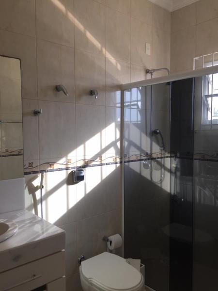 17. Banheiro suite 02
