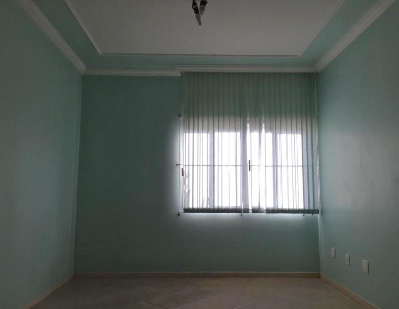 15. Sala piso superior