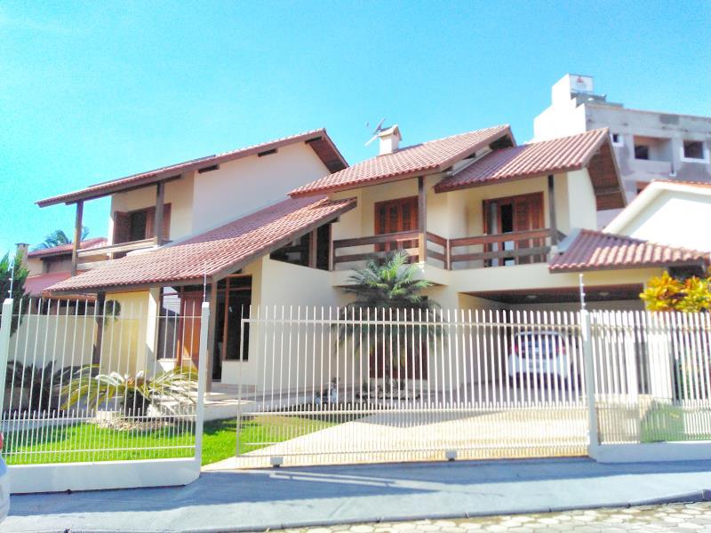 Casa Codigo 4342a Venda no bairro Centro na cidade de Palhoça
