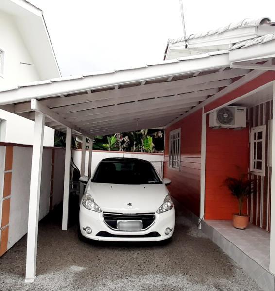 4. Garagem