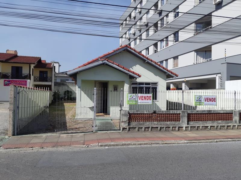 Casa Codigo 4403a Venda no bairro Centro na cidade de Palhoça
