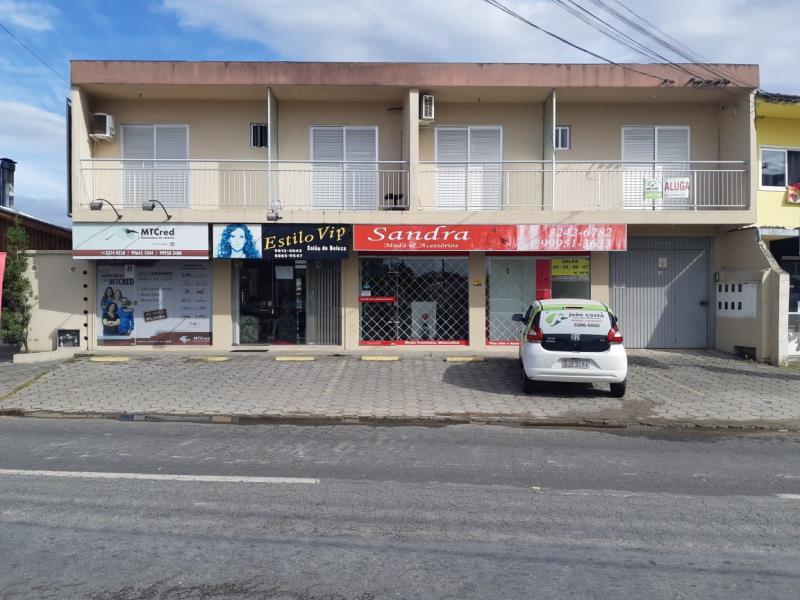 Sala-Codigo-4424-a-Venda-no-bairro-Centro-na-cidade-de-Palhoça