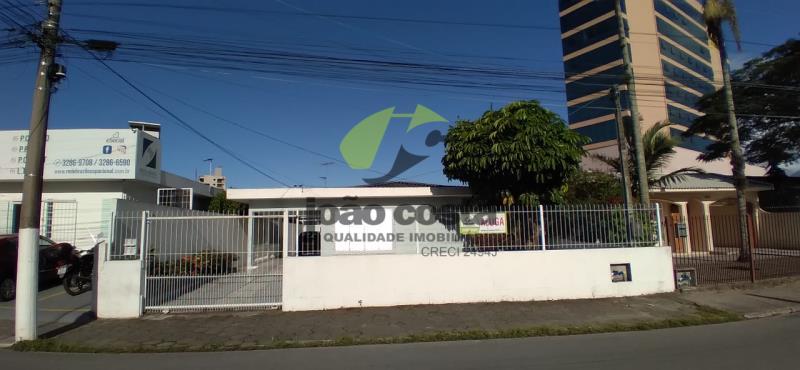 Casa-Codigo-4474-a-Venda-no-bairro-Centro-na-cidade-de-Palhoça