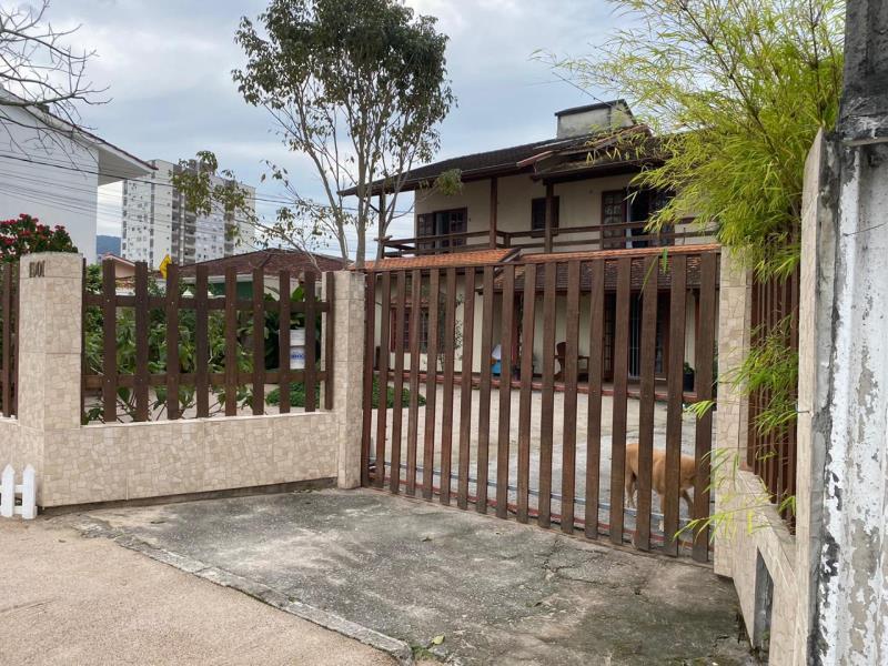 Casa Codigo 4475 a Venda no bairro Passa Vinte na cidade de Palhoça Condominio