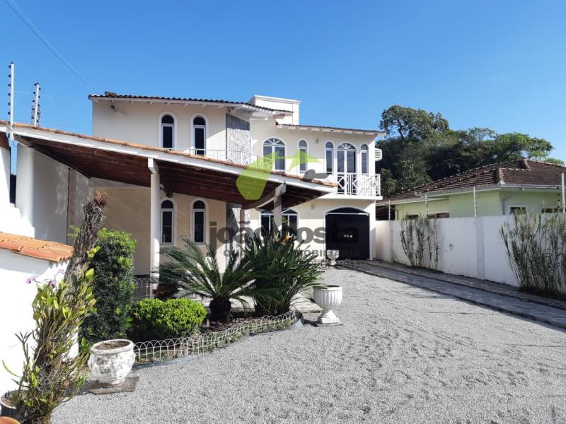 Casa-Codigo-4489-a-Venda-no-bairro-Centro-na-cidade-de-Palhoça