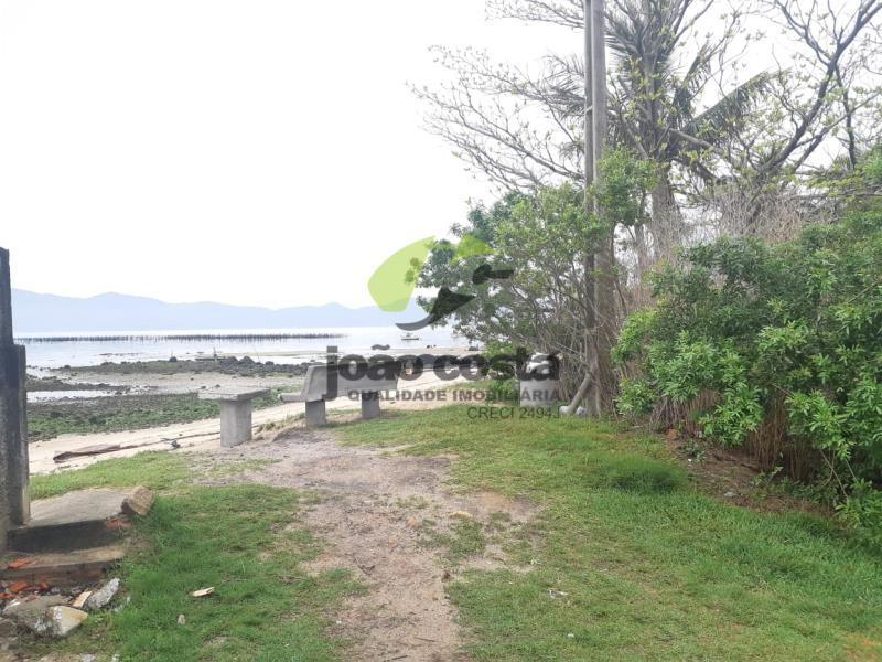Terreno-Codigo-4561-a-Venda-no-bairro-Praia-de-Fora-na-cidade-de-Palhoça