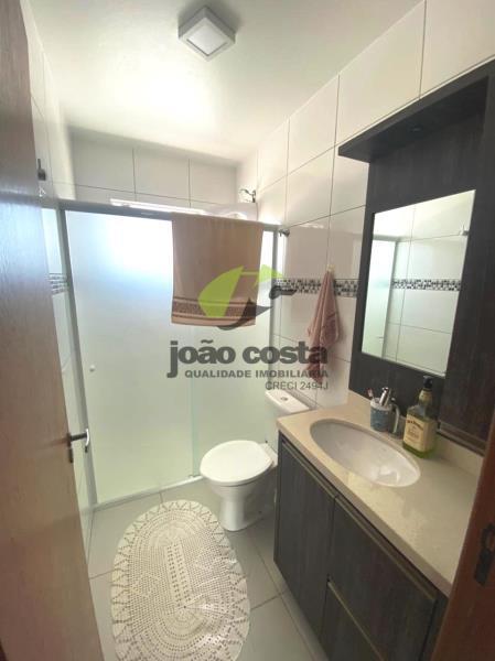 10. banheiro social piso superior