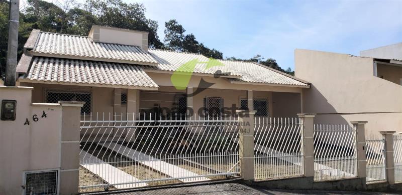 Casa Codigo 4665a Venda no bairro São Sebastião na cidade de Palhoça
