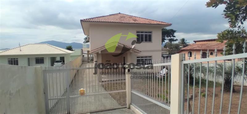 Casa Codigo 4681 para alugar no bairro Praia de Fora na cidade de Palhoça Condominio
