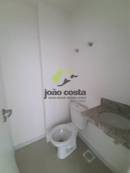12. banheiro 702