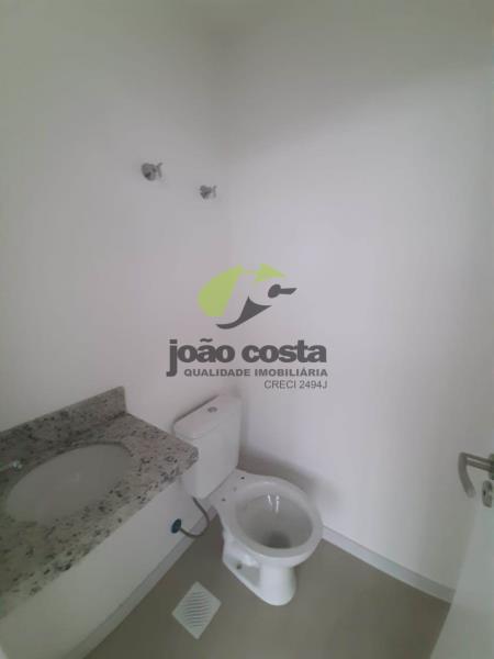 21. banheiro 705