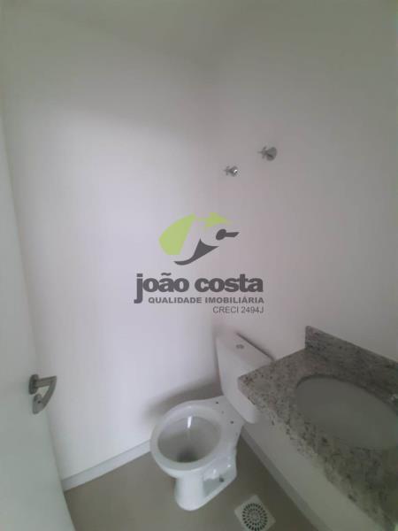 24. banheiro 706