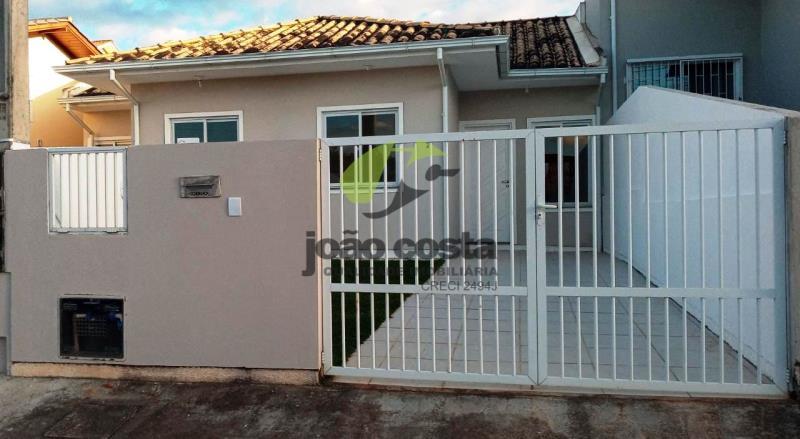 Casa-Geminada-Codigo-4765-a-Venda-no-bairro-Bela-Vista-na-cidade-de-Palhoça