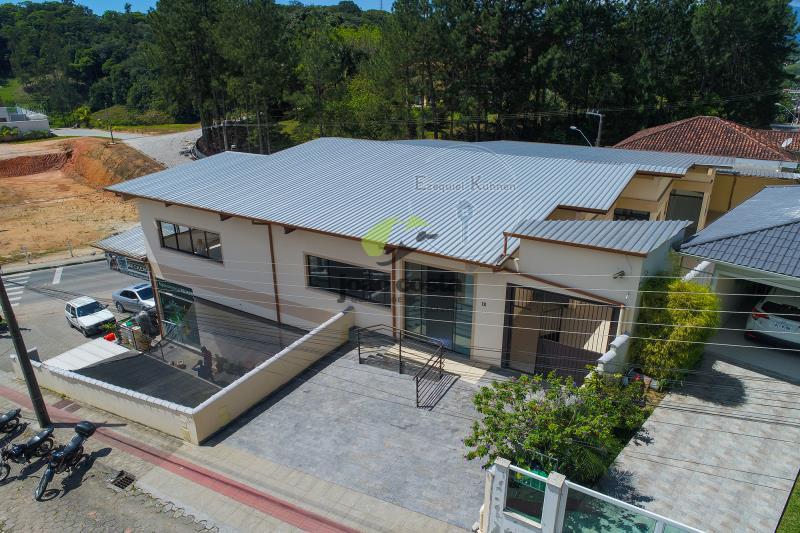 Loja Codigo 4787 para alugar no bairro Centro na cidade de Santo Amaro da Imperatriz Condominio