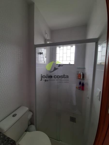 12. Banheiro Suite