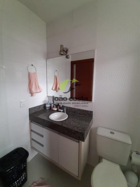 13. Banheiro Suite