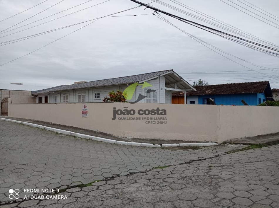 Casa Codigo 4865 para alugar no bairro Centro na cidade de Palhoça Condominio
