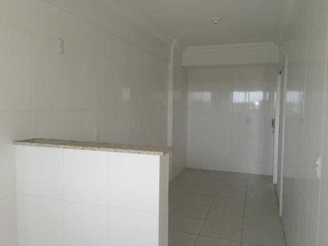 12. Área de Serviços / Cozinha