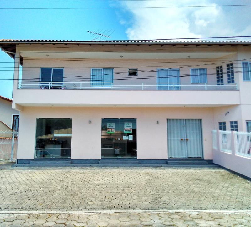 Loja Codigo 396 para alugar no bairro Centro na cidade de Palhoça Condominio carmelinda