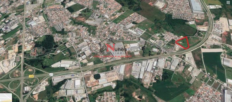 Excelente Terreno ZIS em São José dos Pinhais.   * Terreno no perímetro urbano ao lado do centro de distribuição das Casas Bahia e as margens do contorno leste(BR277).  * A apenas  10 minutos do centro de SJ Pinhais e do Aeroporto e a 25 minutos de Curitiba e 75 km de Paranaguá.  Próximo de grandes multinacionais como Volkswagen(20km), Renaul(10km)t, O Boticário e Nutrimental.    * Área totalmente plana e seca;   * Localização privilegiada;   * Zoneamento ZIS.    * ENTRE EM CONTATO CONOSCO, SAIBA MAIS E AGENDE SUA VISITA: 41 3090-9600   * CRECI-5061-J  ** Valor sujeito à alterações sem aviso prévio.