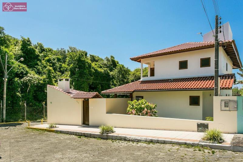 Casa-Codigo 1727-a-Venda-Condominio Miramar-no-bairro-Ingleses do Rio Vermelho-na-cidade-de-Florianópolis