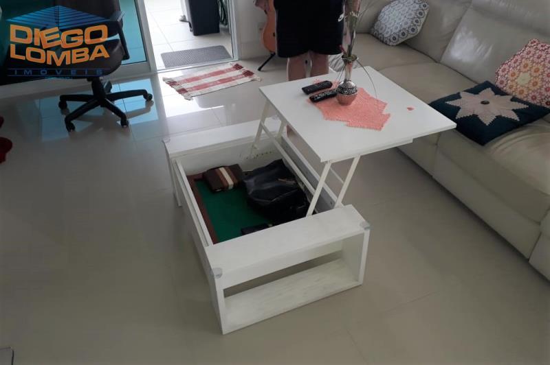 mesa de centro escamotiavel