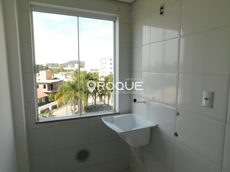 Apartamento Codigo 488 para Alugar no bairro Cidade Universitária Pedra Branca na cidade de Palhoça * Área de serviço - www.imoveisroque.com.br