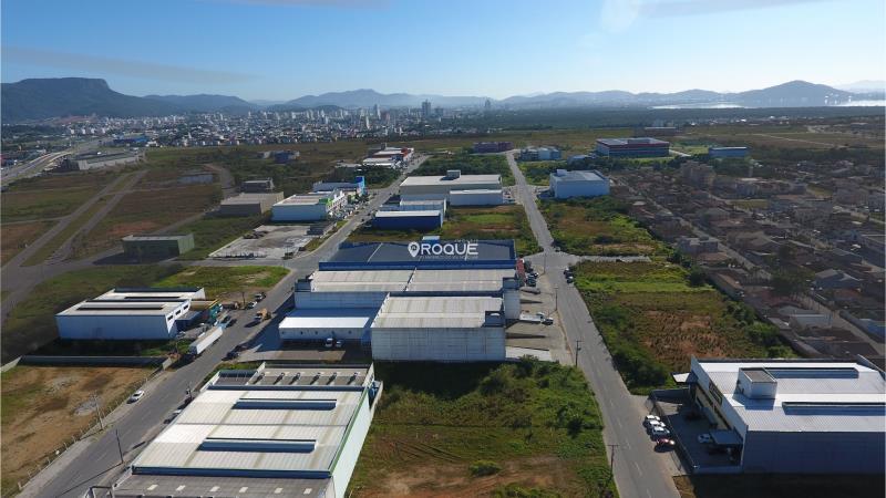 4. www.imoveisroque.com.br