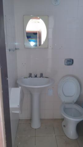 11. Banheiro 01