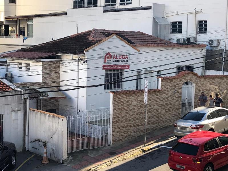Casa Codigo 1031 para alugar no bairro Centro na cidade de Florianópolis