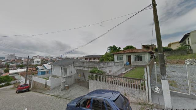 Casa Codigo 1249 a Venda no bairro Capoeiras na cidade de Florianópolis
