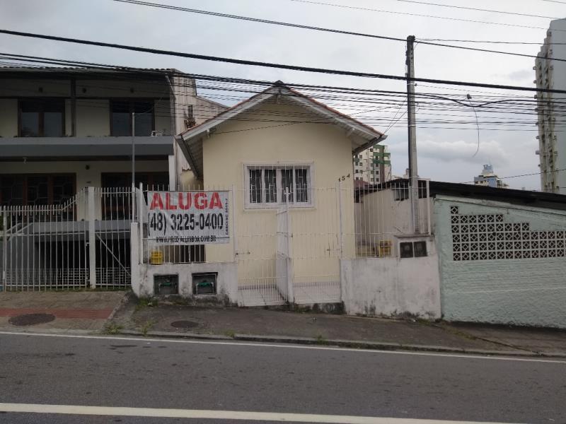 Casa Codigo 1471 para alugar no bairro Centro na cidade de Florianópolis