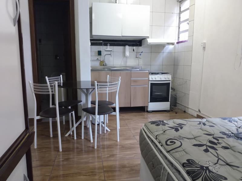 Kitnet Codigo 1512 para alugar no bairro Centro na cidade de Florianópolis