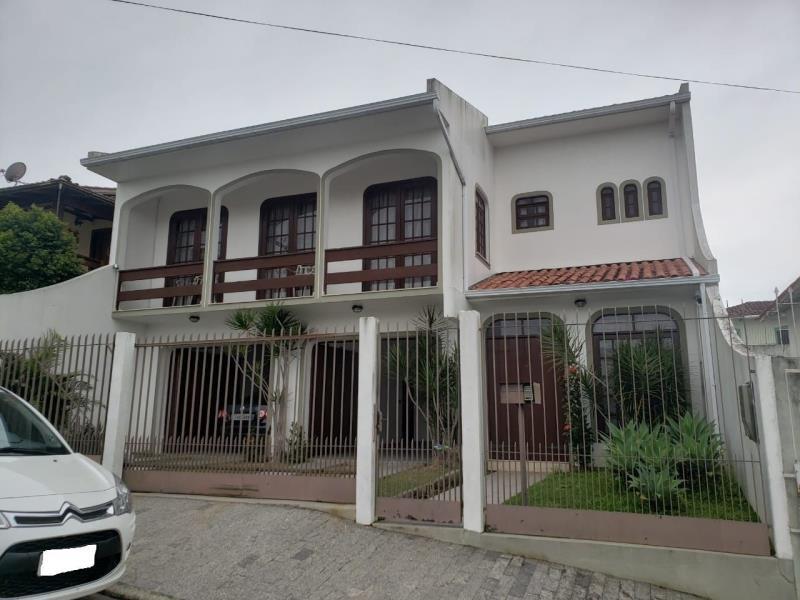 Casa Codigo 1544 a Venda no bairro Capoeiras na cidade de Florianópolis