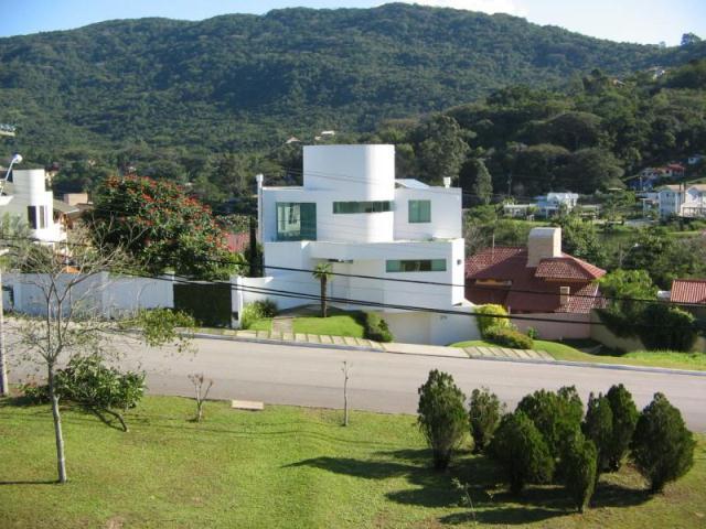 Casa-Codigo-288-a-Venda-no-bairro-Lagoa-da-Conceição-na-cidade-de-Florianópolis