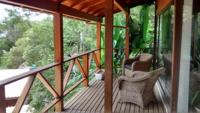 Casa-Codigo-299-a-Venda-no-bairro-Praia-Mole-na-cidade-de-Florianópolis