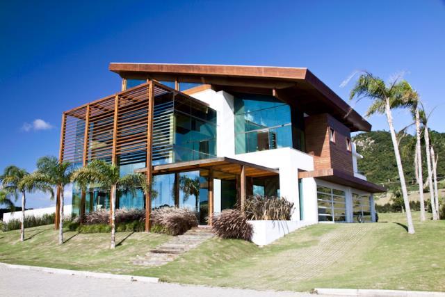 Casa-Codigo-377-a-Venda-no-bairro-Santinho-na-cidade-de-Florianópolis