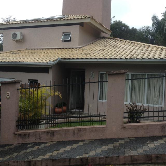 Casa-Codigo-617-a-Venda-no-bairro-Lagoa-da-Conceição-na-cidade-de-Florianópolis