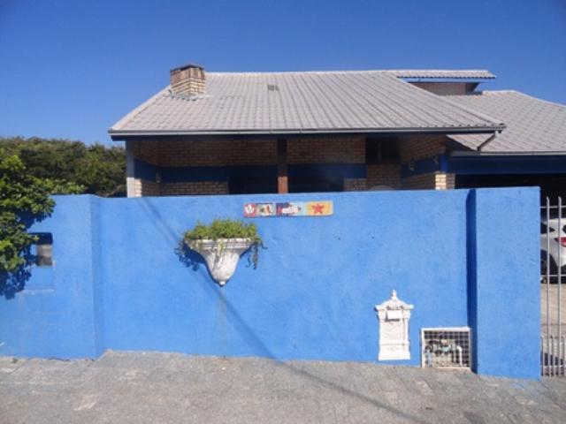 Casa-Codigo-859-a-Venda-no-bairro-Campeche-na-cidade-de-Florianópolis