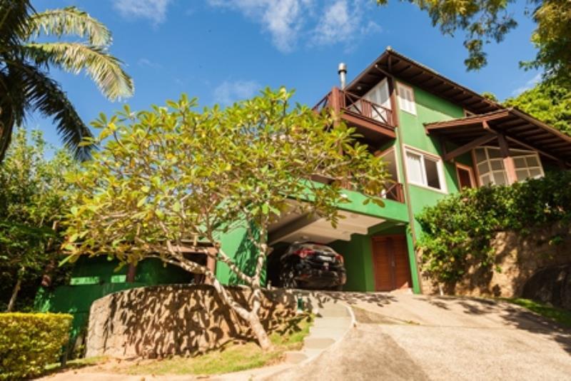 Casa-Codigo-1058-para-alugar-no-bairro-Joaquina-na-cidade-de-Florianópolis