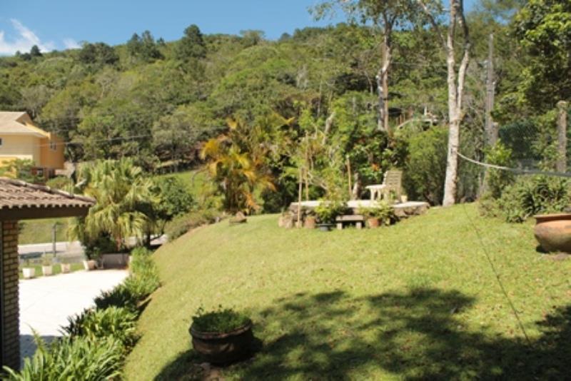 Casa-Codigo-1198-a-Venda-no-bairro-Itacorubi-na-cidade-de-Florianópolis