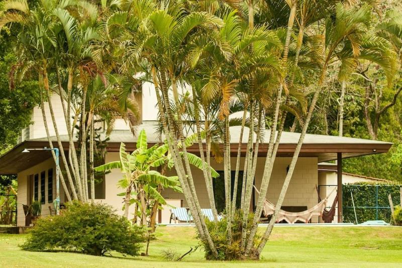 Casa-Codigo-1254-para-Alugar-na-temporada-no-bairro-Lagoa-da-Conceição-na-cidade-de-Florianópolis
