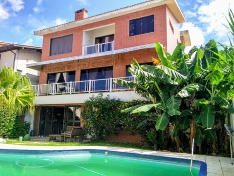 Casa-Codigo-1293-a-Venda-no-bairro-Lagoa-da-Conceição-na-cidade-de-Florianópolis
