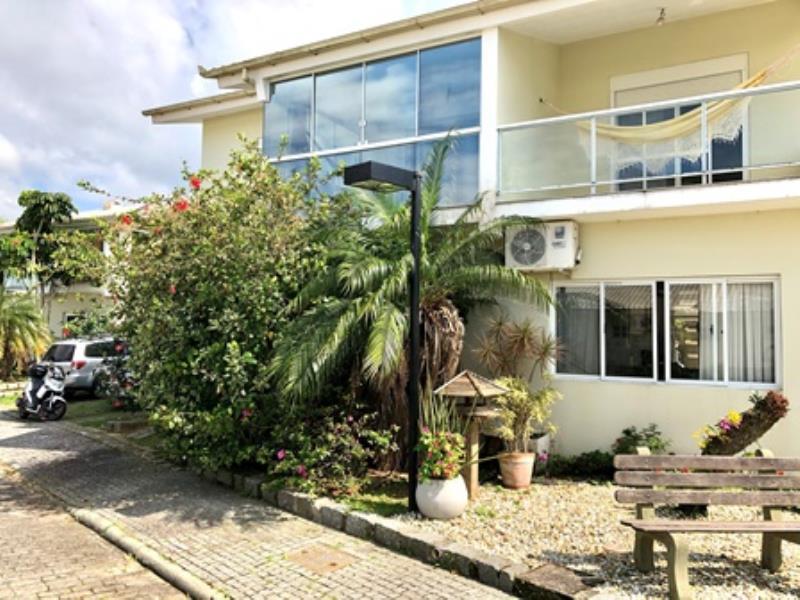 Casa-Codigo-1418-a-Venda-no-bairro-Praia-Mole-na-cidade-de-Florianópolis