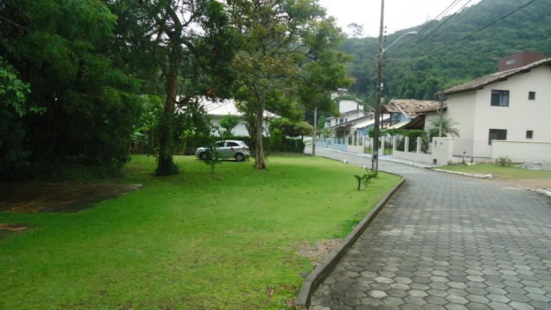 Terreno-Codigo-1425-a-Venda-no-bairro-Sambaqui-na-cidade-de-Florianópolis