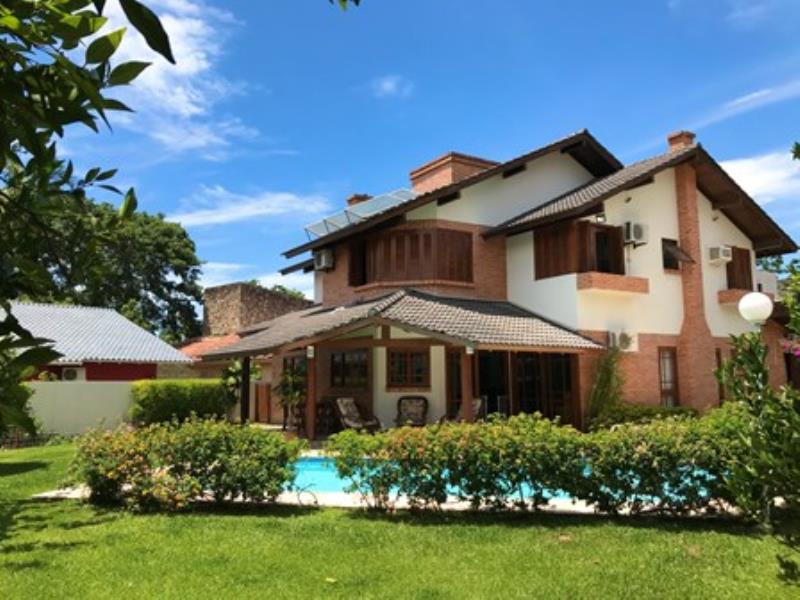 Casa-Codigo-1462-a-Venda-no-bairro-Lagoa-da-Conceição-na-cidade-de-Florianópolis