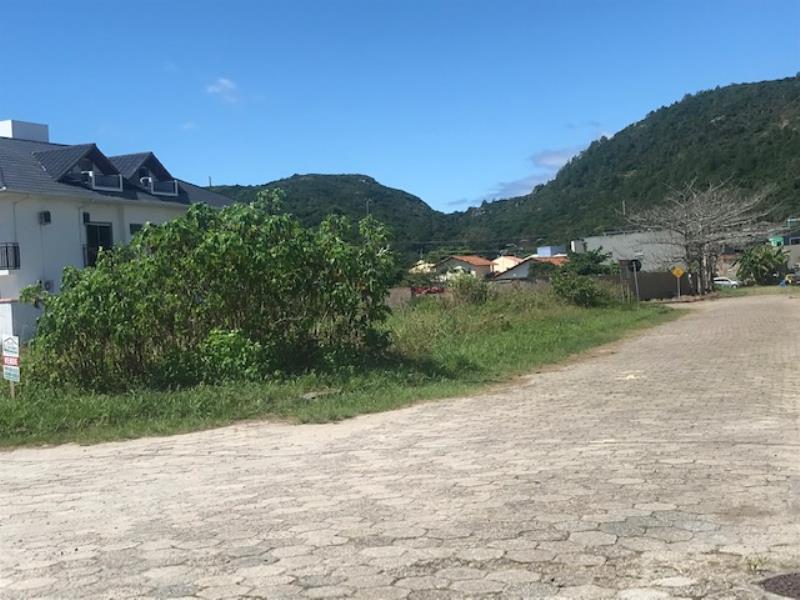 Terreno-Codigo-1503-a-Venda-no-bairro-Barra-da-Lagoa-na-cidade-de-Florianópolis